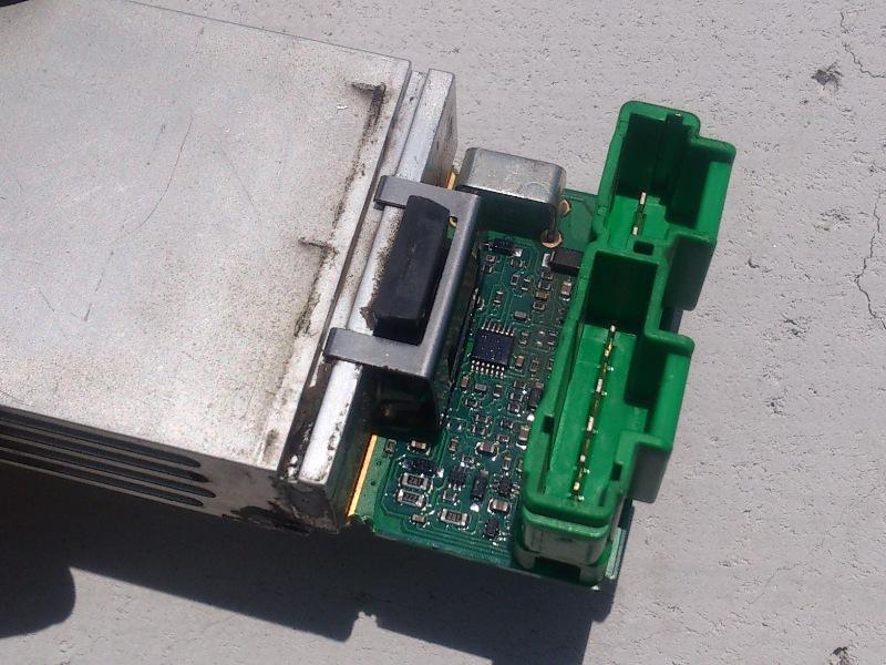 citroen c5 расположение блока управления скоростей